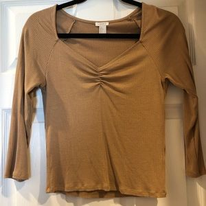 Forever 21 three quarter sleeve blouse